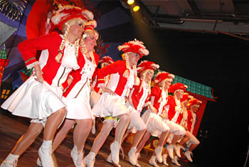 Erstes lesbisches Mariechen-Tanzcorps